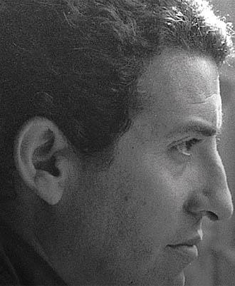 Dos miradas para Víctor Jara