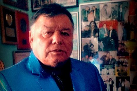 Manolo Lágrima Alfaro: «Si una canción hace llorar,  seguro va a ser un éxito»
