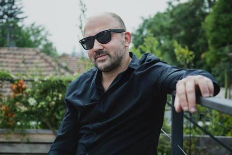 Camilo Salinas, a solas con su piano: «El disco me dejó con una pauta»