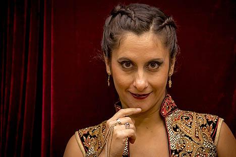 Canciones en bandada: Elvira López tiene nuevo disco