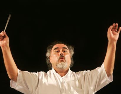 Último adiós para Víctor Alarcón, fundamental director de coros