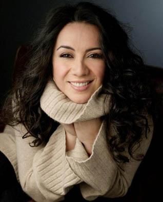 Resultado de imagen para Claudia Acuña (Turning Pages - 2019)