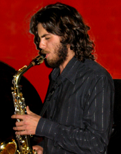 Nicolás Russell