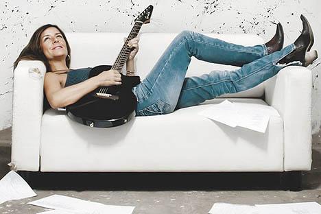 Cristina Narea vuelve a Chile en gira